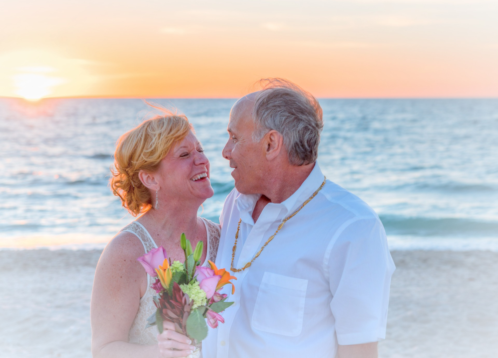 Vows beach-wedding-1934732_1920